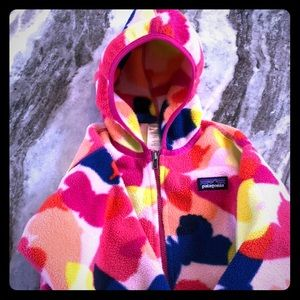 "3T Patagonia ""butterfly"" print girls fleece"